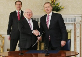 Taoiseach Enda Kenny (right) and President Michael D Higgins shake hands after signing an order dissolving the Irish Parliament and starting the 2016 general election campaign at Aras an Uachtarain in Dublin. PRESS ASSOCIATION Photo. Picture date: Wednesday February 3, 2016. The Irish Prime Minister announced on Twitter that a general election will be held on February 26. See PA story IRISH Election. Photo credit should read: Niall Carson/PA Wire